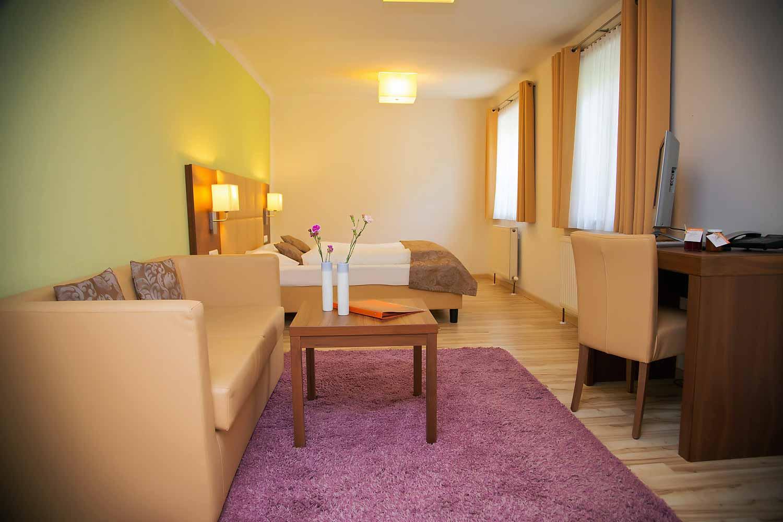 Zimmer hotel jedermann im zentrum salzburg mozartstadt for Zimmer hotel